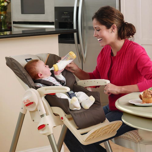 The reclining seat on the Polly SE Highchair makes it easy to find the perfect position for feeding infants