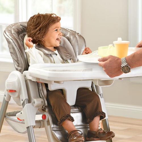 The Chicco Polly Magic Highchair's removable tray insert makes meal cleanup easy