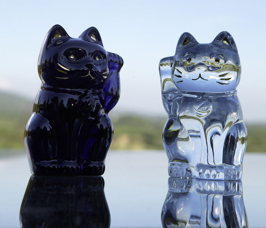 CAT MANEKI NEKO, Midnight