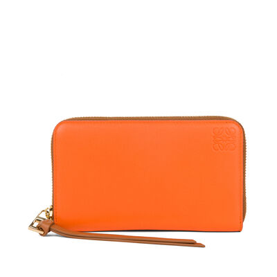 LOEWE Medium Zip Around Orange/Tan front