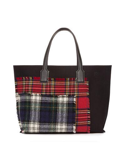 LOEWE T Shopper Xl Tartan Bag Black/Multicolor Tartan front