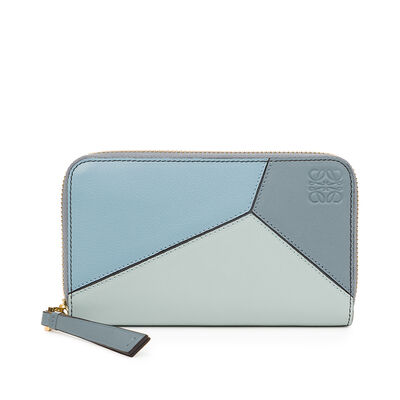 LOEWE Puzzle Medium  Zip Around Aqua/Light Blue/Stone Blue front