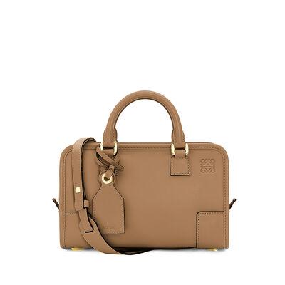 LOEWE Amazona 23 Bag Mink front