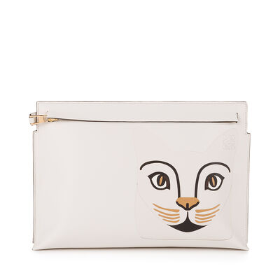 LOEWE Cat T Pouch Soft White/White front