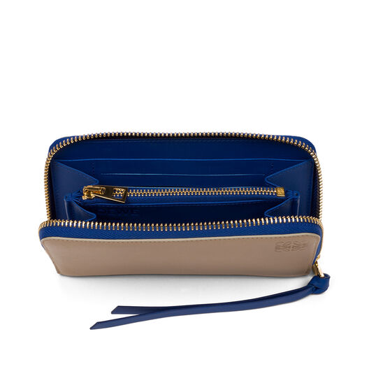 LOEWE Medium Zip Around Sand/Electric Blue all