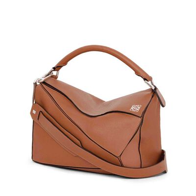LOEWE Puzzle Bag タン front