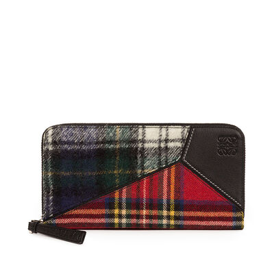 LOEWE Puzzle Zip Around Wallet Black/Multicolor Tartan front