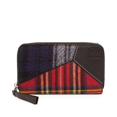 LOEWE Puzzle Medium Zip Around Black/Multicolor Tartan front