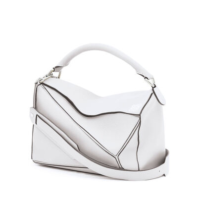 LOEWE Puzzle Bag Soft White front