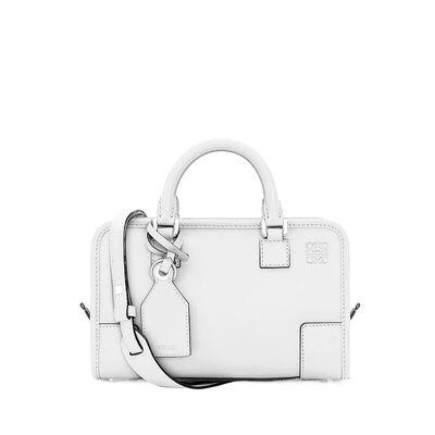 LOEWE Amazona 23 Bag - ソフトホワイト front
