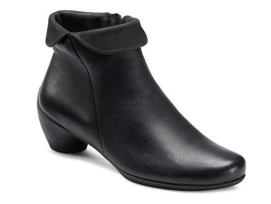 ECCO Sculptured Zip Bootie (BLACK/BLACK)