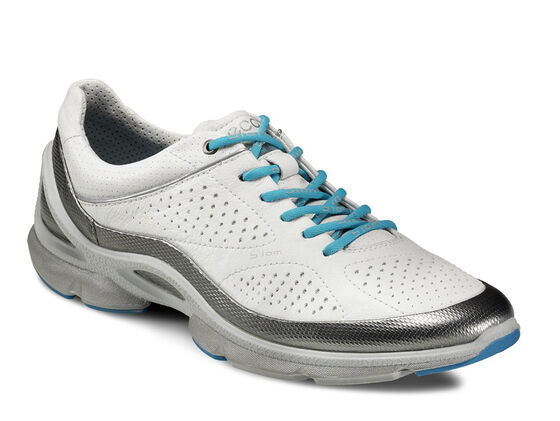 ECCO Wmns BIOM EVO Train Plus (SILVER METALLIC/WHITE/CONCRETE)