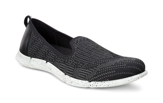 Slip-on ECCO Intrinsic Karma (BLACK/BLACK-DARK SHADOW)