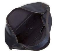 ECCO Sculptured Shoulder BagECCO Sculptured Shoulder Bag in BLACK (90000)