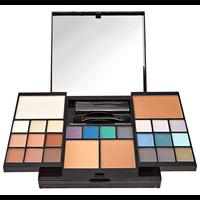 Holiday Blockbuster Makeup Kit