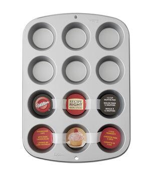 Wilton® Recipe Right 12 Cup Reg Muffin Pan