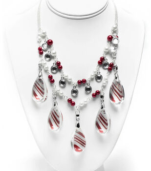 Holiday Twist Necklace