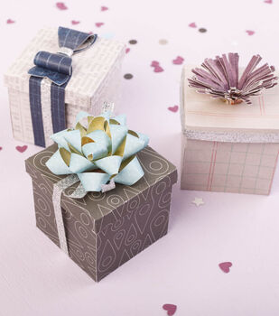 Tiny Packages with Bows