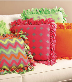 No-Sew Fleece Pillows