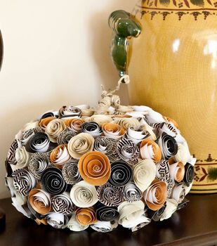 Paper Rosette Pumpkin