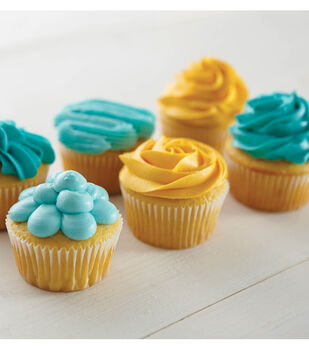 Fast and Fancy Decorated Cupcakes