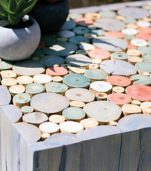 How To Make A Beach House Style Stained Side Table