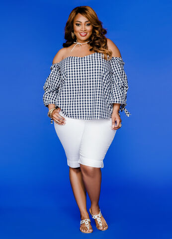 Plus Size Outfits - Perfect in Plaid