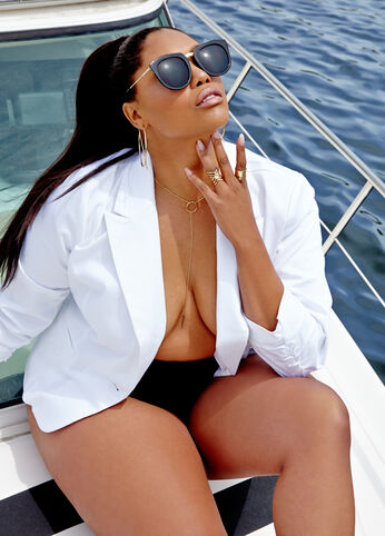 Plus Size Outfits - White Hot on the Yacht