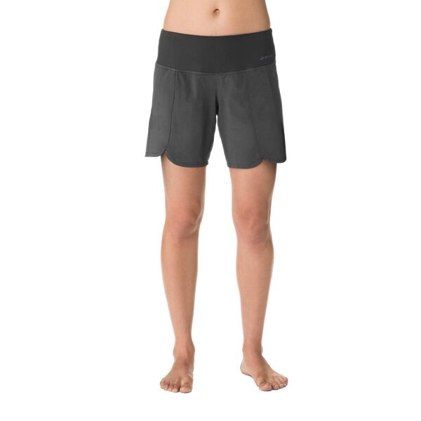 "Brooks women's Racey 7"" Shorts"
