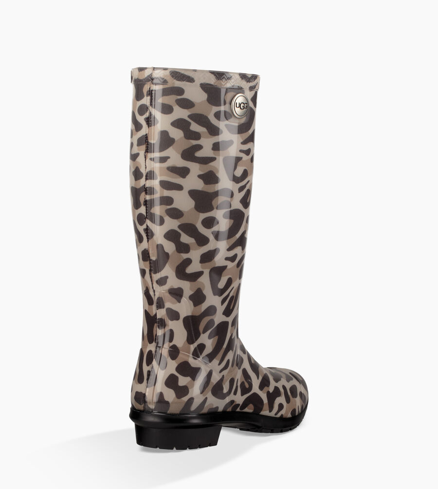 Shaye Leopard - Image 4 of 6