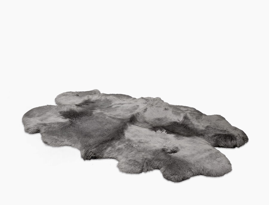 Sheepskin Area Rug-Quarto - Image 1 of 2