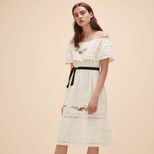 Kleid mit Spitze und Stickereien - Kleider - MAJE