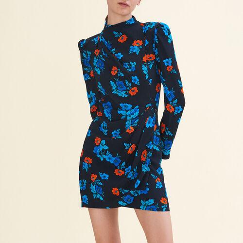 Drapiertes Kleid mit Schulterdetail - Kleider - MAJE