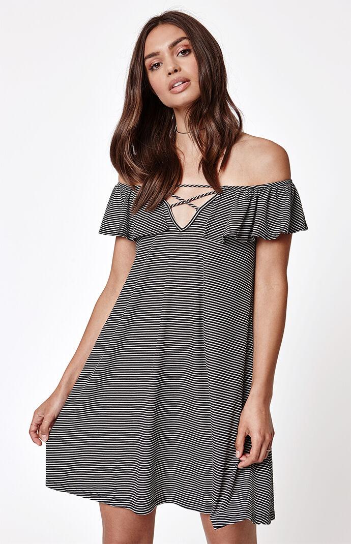 LA Hearts Ribbed Ruffle Off-The-Shoulder Dress - Black/white 6800635