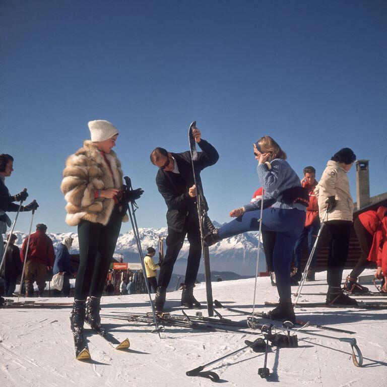 """Slim Aarons - Slim Aarons """"Verbier Skiers"""" Photograph"""