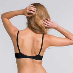 Soutien-gorge push-up T-shirt bra noir – Ultimate Silhouette-WONDERBRA