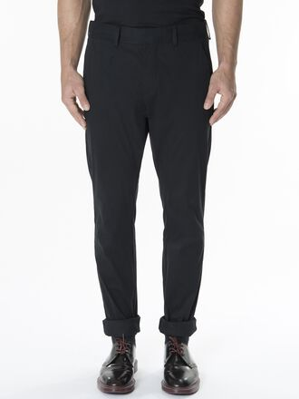 Men's Aaron Chinos Black | Peak Performance