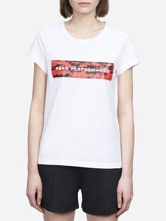 Women's Sportswear T-shirt White | Peak Performance