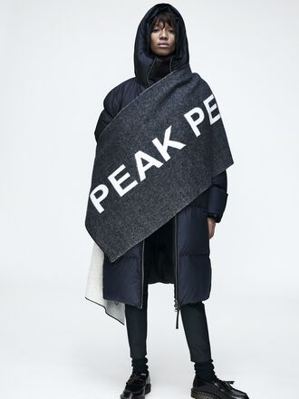 FW17 Look #4  | Peak Performance