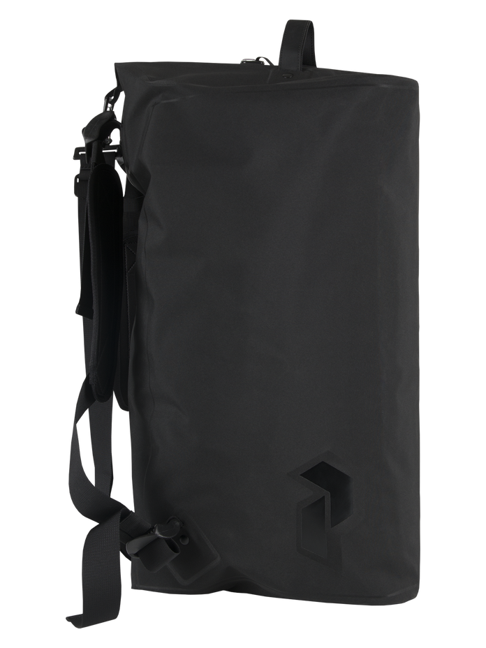 Sport duffel bag 45L Black | Peak Performance