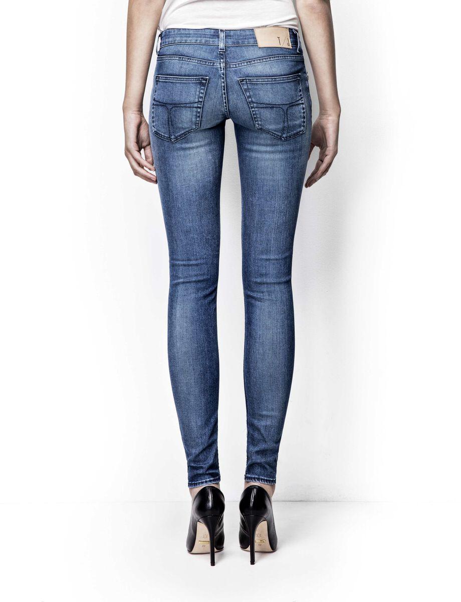 0182db375a7 ... Slender jeans in Medium Blue from Tiger of Sweden ...