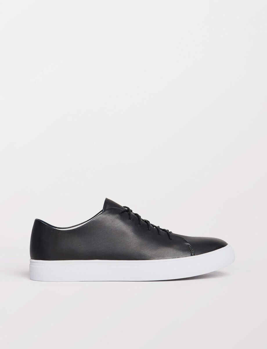 Yngve sneakers in Black from Tiger of Sweden