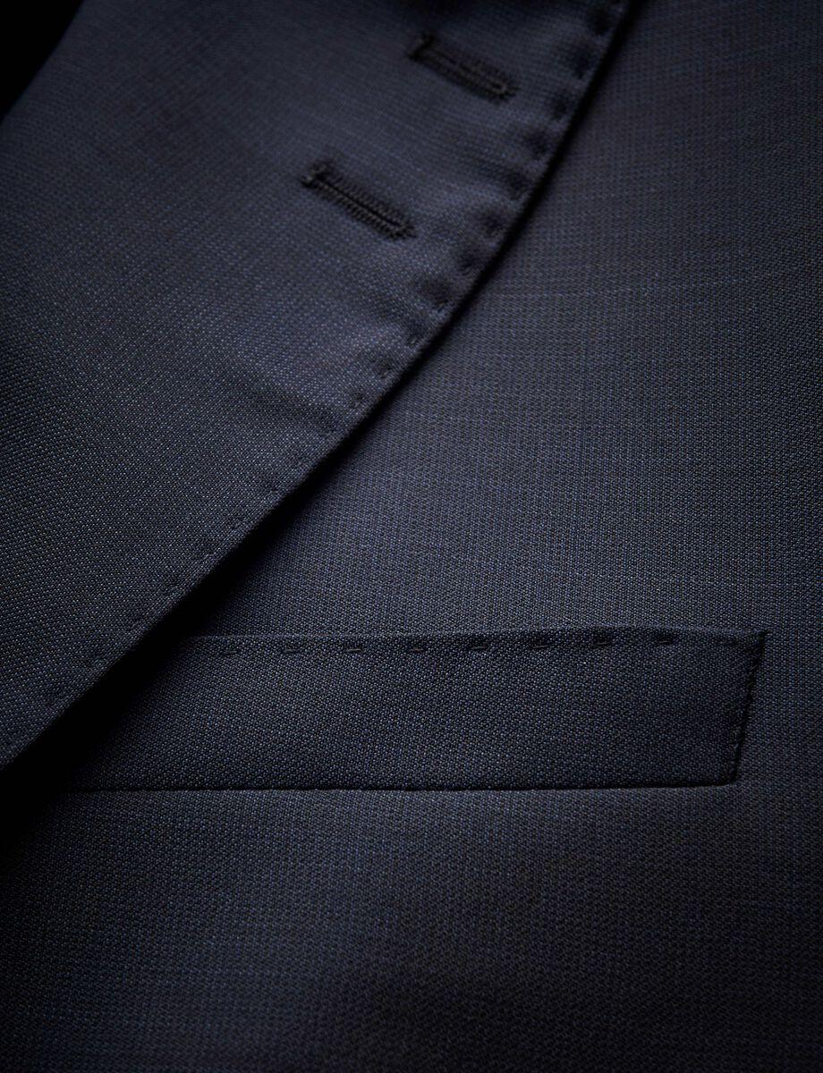 BARRO suit